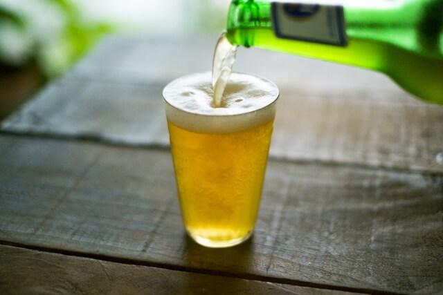 ビールとジョッキ