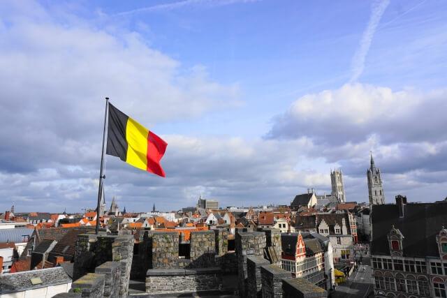ベルギー_国旗_街並み