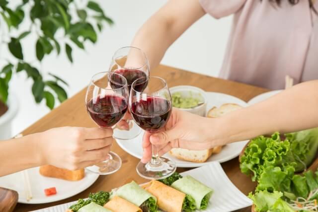 レストランランチワイン