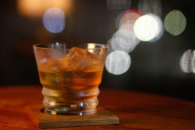 夜景とウイスキー