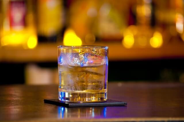 ウイスキー_ロック